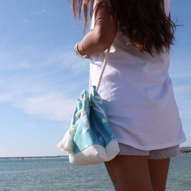海/ビーチ/マリン/アクセサリー/リゾート/パームシーズン/ 沖縄/通販 /ハワイ/ハンドメイド/巾着ポーチ/シーホース/スカイブルー